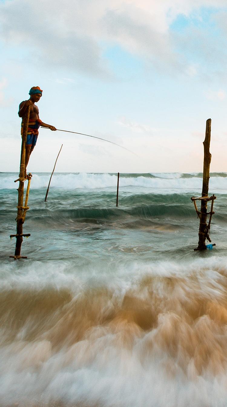 man-fishing-mobile.jpg