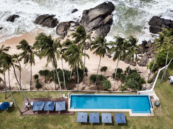 Sri Lanka Kumu Beach